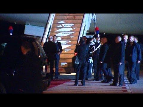 Barak Obama arriva all'Aeroporto di Fiumicino con l'Air Force One