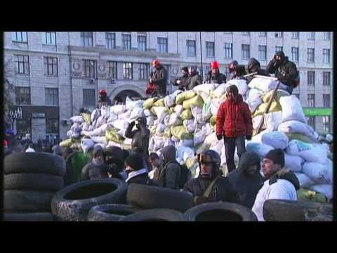 Protest riots spread across Ukraine