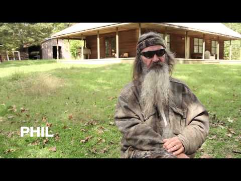Small Group Bible Study by Korie Robertson and Chrys Howard - trailer