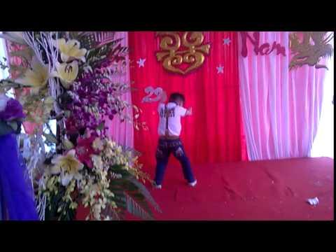 Bi thể hiện Con Bướm Xinh- Dance Style