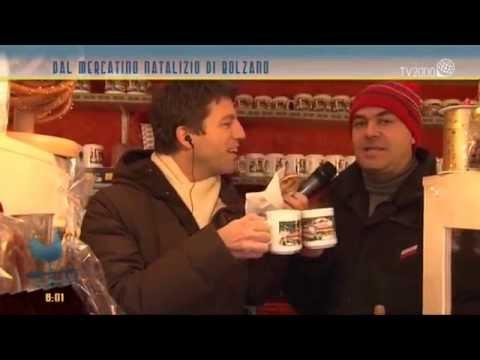 Il succo di mele caldo al mercatino natalizio di Bolzano