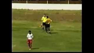 Los 100 metros sin obstaculos del árbitro