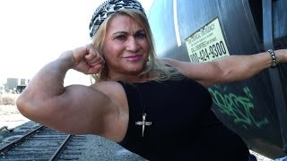 "Strength Stunt Woman Juli Moody ""The Female Human Link"