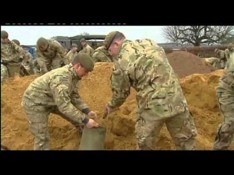 Airmen & Soldiers Dig Deep to Combat UK Floods 14.02.14