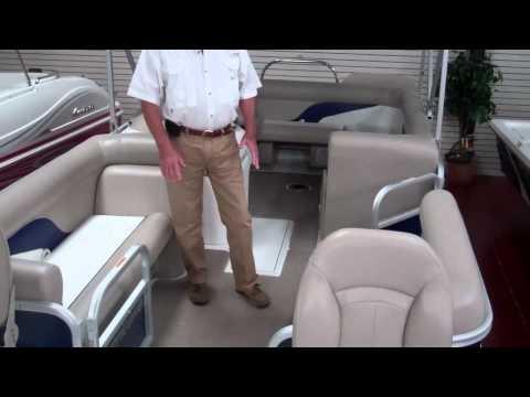 Hurricane Fun Deck 226 at Ron Hoover RV & Marine with John Bailey.mp4