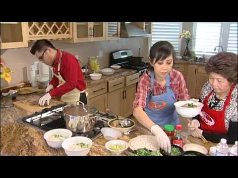 Cách nấu bún bò Huế - Part 02