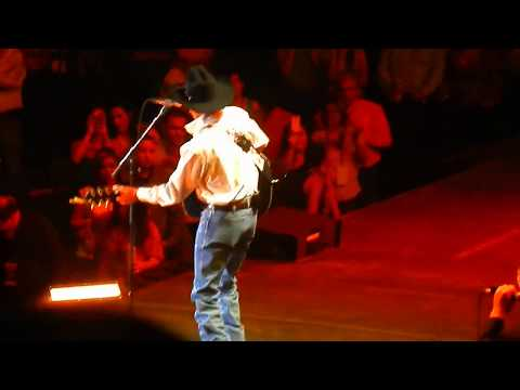 George Strait Grand Entrance at Hidalgo TX June 5, 2014 (first 2 songs)