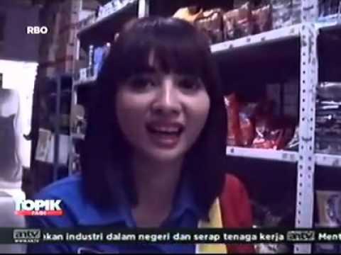 Siti Rohmah Kasir Cantik  Narsis