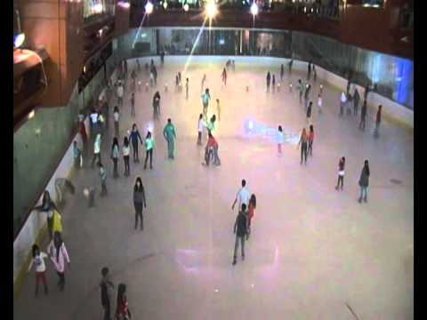 ice skating di bintaro xchange
