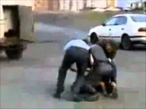 Russian police fight against a stupid guy