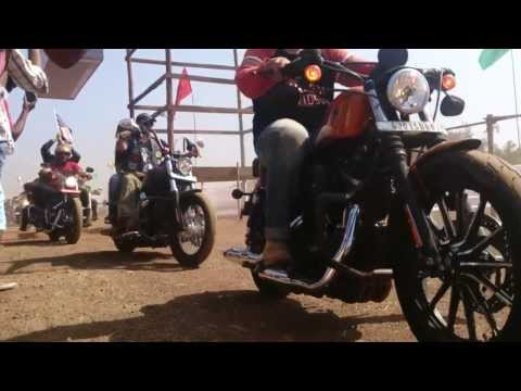 100s of Harley Davidson Motorcycles entering 2014 India Bike Week, Goa