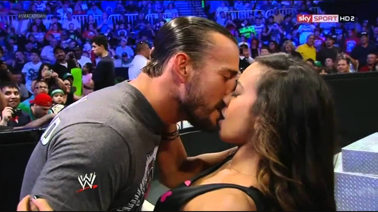 John Cena and AJ Lee Kiss - WWE Raw 11/19/12 - YouTube