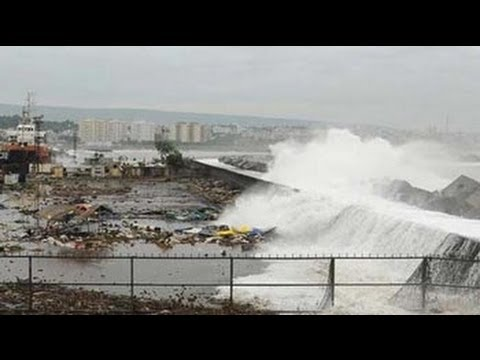 Cyclone Phailin to hit Odisha coast near Gopalpur any time now