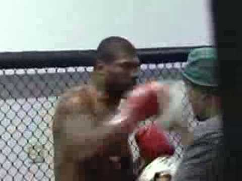 BOOST MOBILE BEHIND THE SCENE TRAINING WITH RAMPAGE JACKSON Image 1