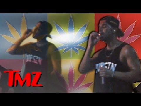 Drake Blazes Onstage!