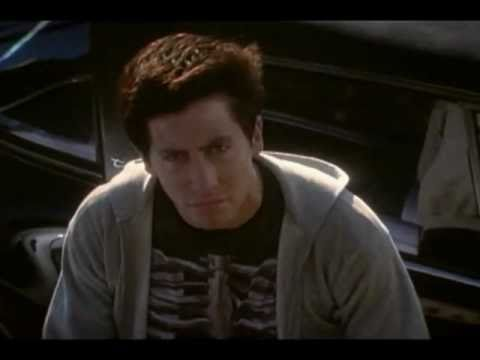 Donnie Darko - Official Trailer [2001] HQ