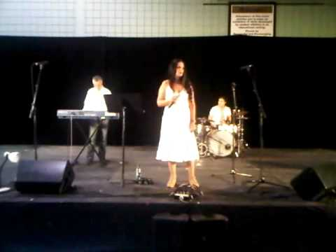 Yerushalayim shel Zahav sung by Gilat Rapaport