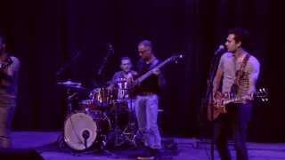 Van Gelder -  Laot Mich - HD Official video - LIVE opgenomen in theater De Maaspoort Venlo