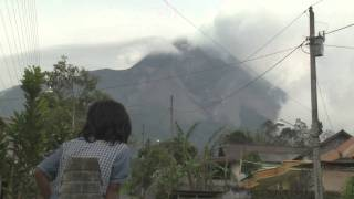 Merapi Volcano Unrest 28th October 2010 Breaking News Raw Footage