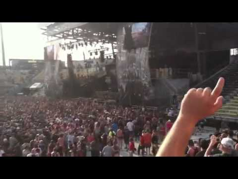 Chalk Outline - Three Days Grace at Rock on the Range