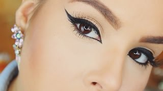 How To: Winged Eyeliner For Beginners