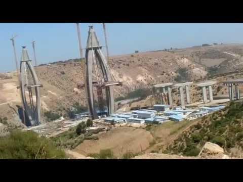 أبو رقراق: نهاية اشغال أعلى جسر بأفريقيا، وبداية شد الحبال