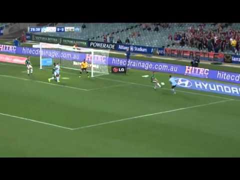 Gol perdana Del Piero di awal Musim 2013 2014 Sydney FC