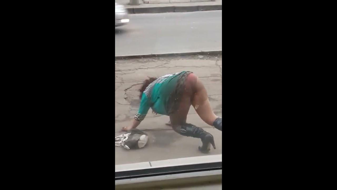 Пьяная жена танцует понимается