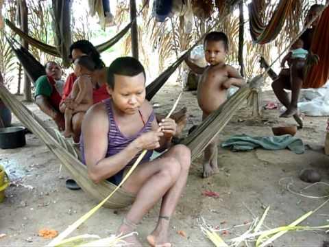 Lenta agonía de los indígenas Nukak Maku en el sur de Colombia