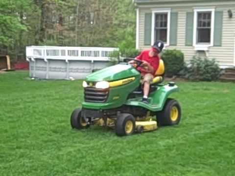 matty 39 s first mowing john deere x300 youtube. Black Bedroom Furniture Sets. Home Design Ideas