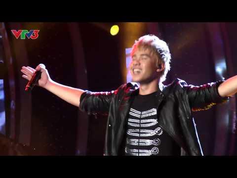 Vietnam Idol 2013 - Tập 11 - Nhìn Lại - Đông Hùng