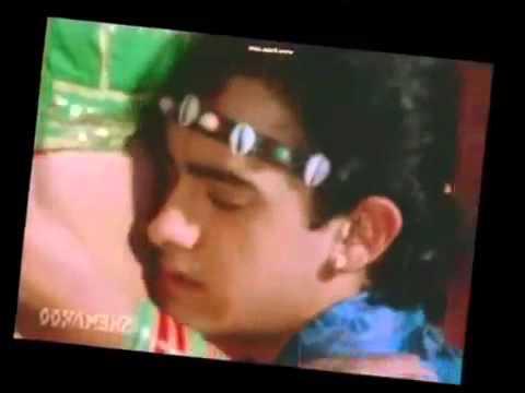 Juhi Chawla Hot Kissing