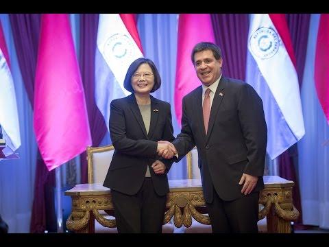 President Tsai meets Paraguayan President Cartes