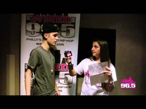 Justin Bieber Prevents Excited Fan From Hyperventilating- Video