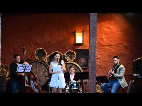 Zaida Almeida en concierto en la Casa del Vino de Tenerife