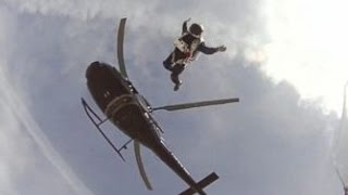 Skydiver Plans Jump With No Parachute