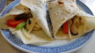 雞胸肉炒雜菜跟薄餅