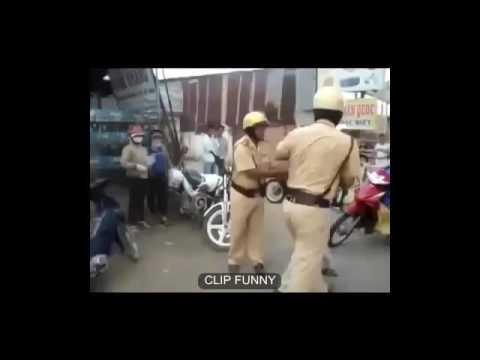 Clip hót Cảnh sát giao thông đánh nhau với người dân như giang hồ! 2016 giải trí vui cười hài hước h
