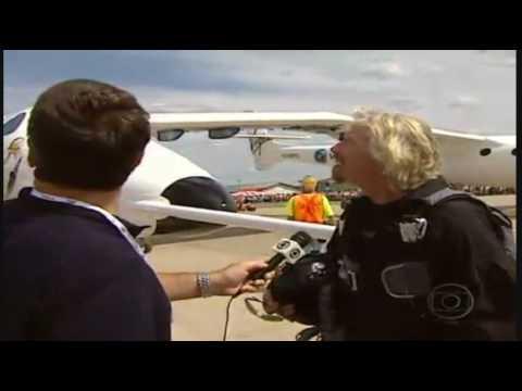Brasil:Feira nos EUA.-Oshkosh Mostra o Avião - White Knight mais