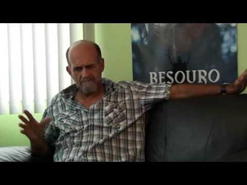 Mestre Camisa fala sobre o Besouro.