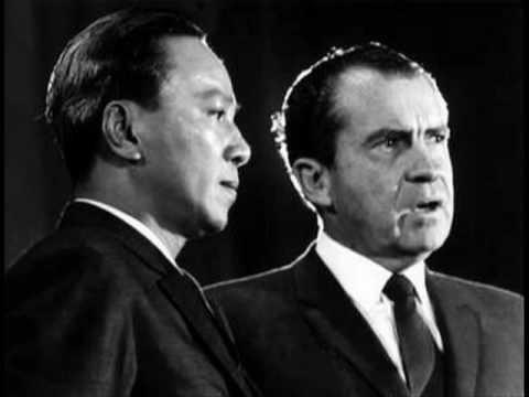 Nixon dọa cắt đầu ông Nguyễn Văn Thiệu