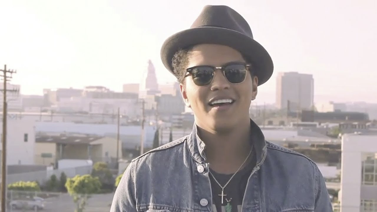 bruno mars the making of 39 just the way you are 39 youtube. Black Bedroom Furniture Sets. Home Design Ideas