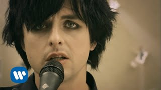 Green Day 21 Guns [Official Music Video]