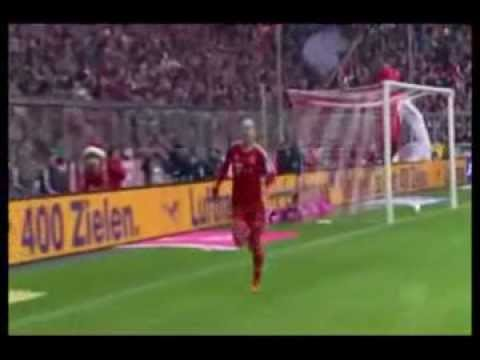 Arjen Robben is being subjected to an embarrassing situation when he tried to celebrate his goal