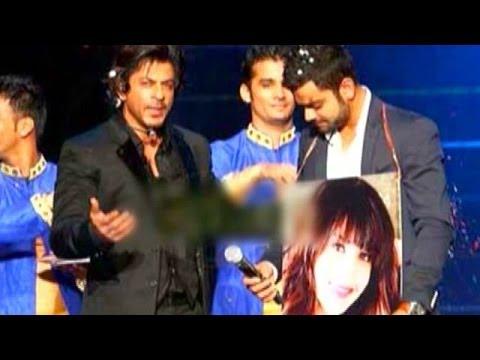 Shahrukh Khan holds Virat Kohli's Swayamvar