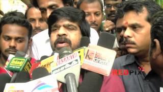 Actor T. Rajendar pay homage to legendary Tamil poet and lyricist Vaali