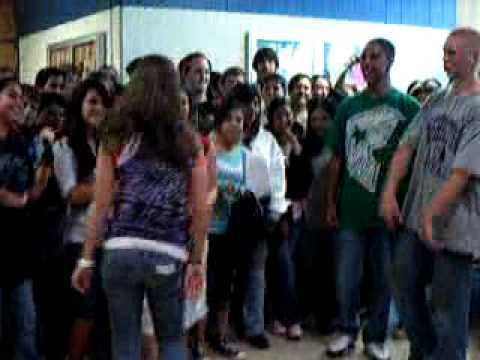 EJH Dance-Off at 2009 Yearbook Signing Part 2