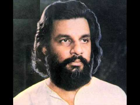 Most wonderful rendering of Kharaharapriya Yesudas- pakkala nilabaDi (Old live performance) .wmv