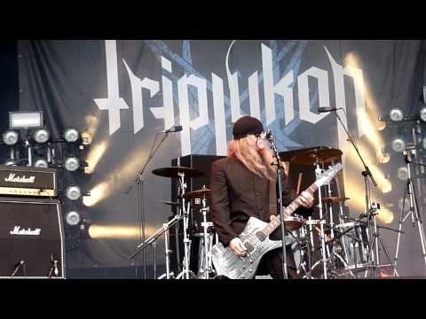 Triptykon - Tom G. Warrior speech + Circle Of The Tyrants @ Bloodstock Festival 2011