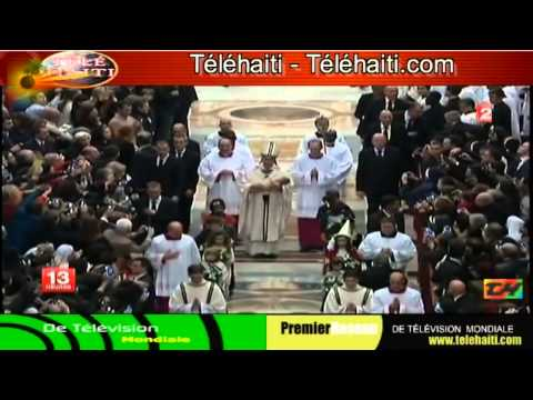 Pope Francis celebrates first Christmas Eve mass at Vatican :- Premier Noel De Pape Francois